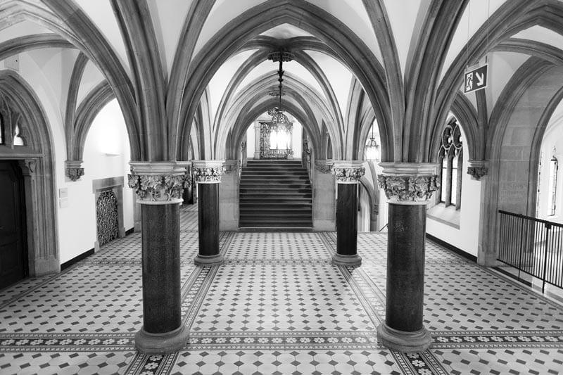 Säulenhalle im neuen Rathaus München- ideal für Standesamt Hochzeiten